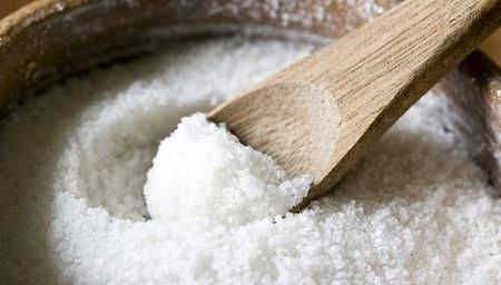 Забравен опит: Превръзки със солен разтвор лекуват дори и рак