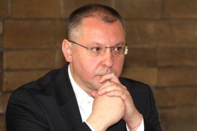 Въпреки разгрома на изборите Станишев няма да подава оставка