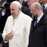 Папа Франциск: Европа е баба – изостанала и уморена