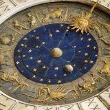 Какво предсказват астролозите за 2015 година?