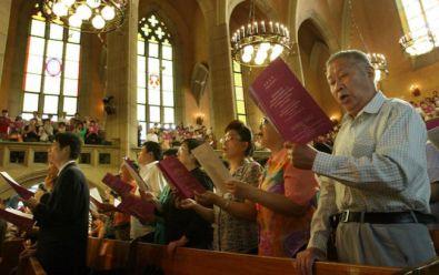 Оифициален Китай: Има опасност от разпространение на християнството