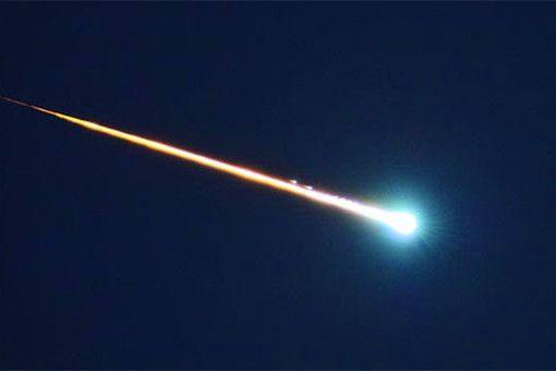 Метеорит падна с трясък в Средна гора (обновена)