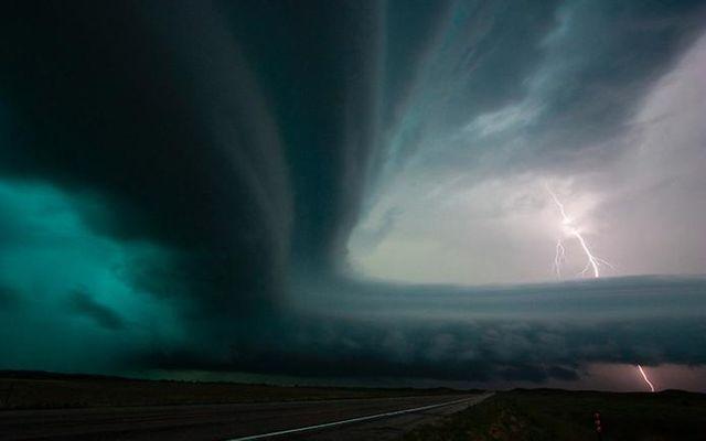 Антиматерията е под носа ни – физици я засякоха в облак