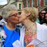 Анкета: Католиците в Германия подкрепят гей браковете