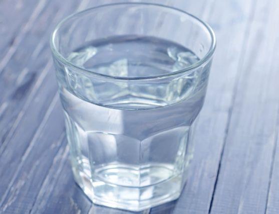 Как лесно да енергизираме водата и да се радваме на добро здраве