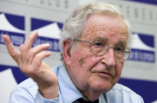 Press conference with Noam Chomsky at the Geneva Press Club in Geneva