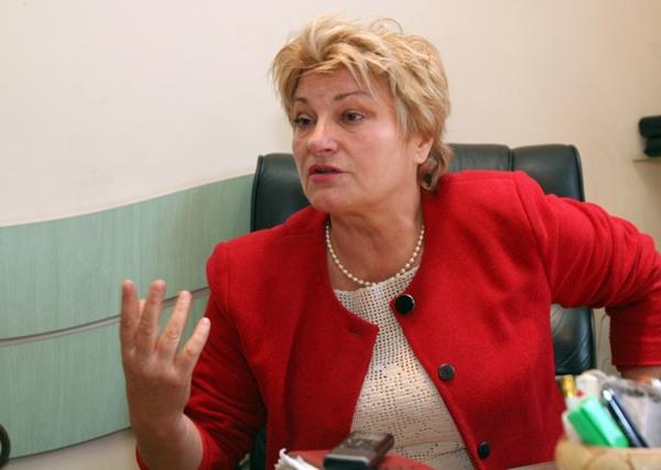 Адвокат Веска Волева: Петима използвачи управляват България