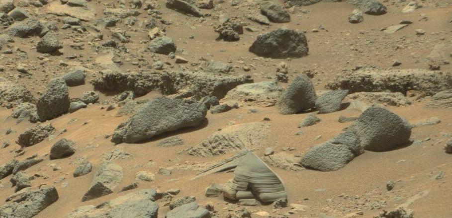 Фигура на извънземен войник е открита на снимка на сайта на НАСА