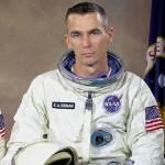 Отиде си и Юджийн Сърнън – последният човек, стъпвал по Луната (видео)