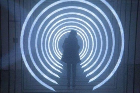 Учени: Хора ще се телепортират успешно през 2040 г.