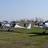 Бъдещи авиоинженери организираха празник на летенето край Пловдив