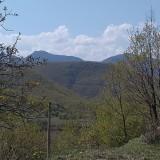 Пролет край прелестното Жребичко. И пак тази загадъчна рисунка на склона (снимки)