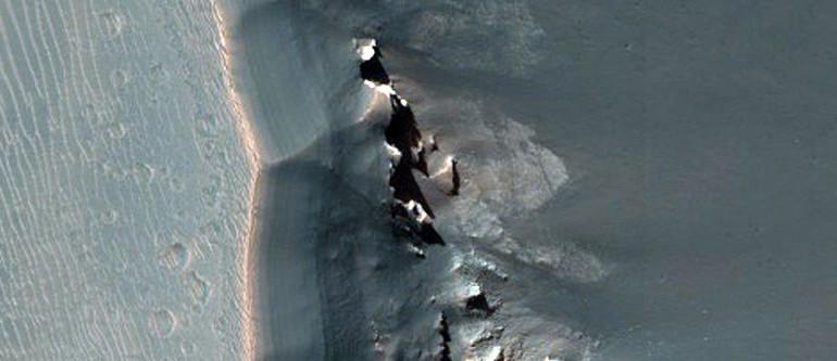 Mirror: Морски пехотинец твърди, че е служил 17 години на Марс (видео)