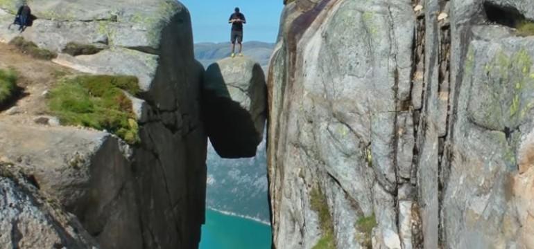 """Многотонни висящи камъни загадъчно се крепят на """"честна дума"""" (видео)"""