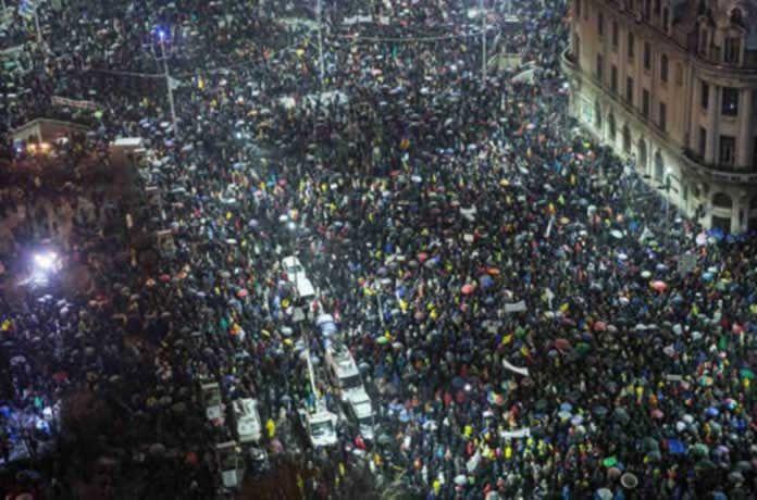 Румънците за пореден път изригнаха срещу корупцията по площадите, а ние – пак си блеем
