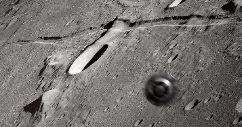 Откриха странно колело на Луната (видео)
