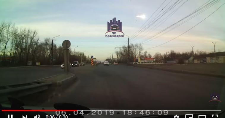 Мощен взрив на метеорит разтърси Самара – Русия (видео)