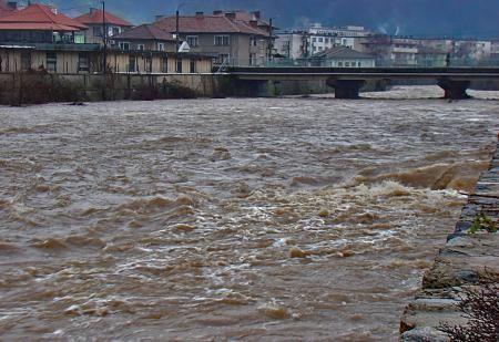 Екоминистерството: Нивата на реките в Западна и Централна България ще се повишат