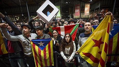 Испанската прокуратура рови за престъпление около референдума в Каталуния