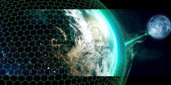 Айк: Луната е довлечена до Земята с цел поробване на планетата