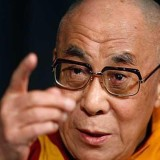Далай Лама: Промиват ни мащабно мозъците, така възприемаме убийствата във война за нормални