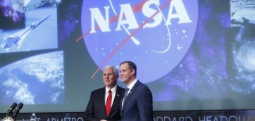 mike-pence-jim-bridenstine-nasa-527799-810x0
