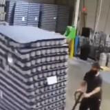 Когато идиотите отидат на работа – ще се скъсате от смях (видео)